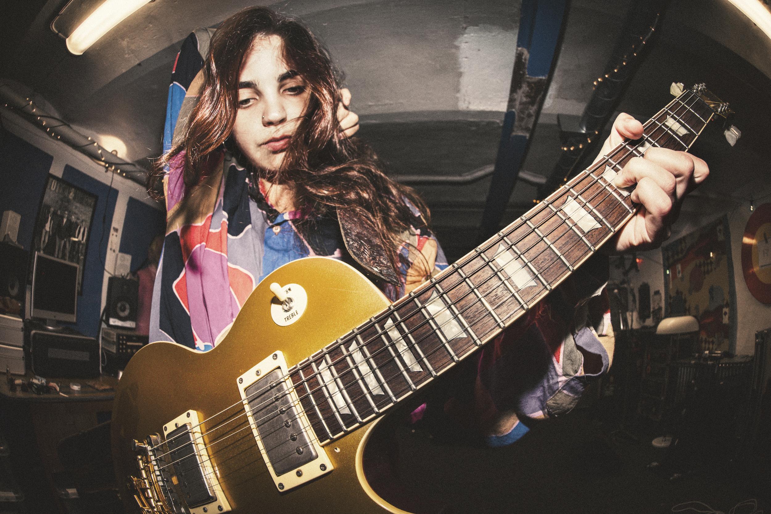 Slowgold Gitarr Foto Ellika Henrikson Highres Kopia